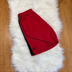 Under Armour Men's Red Sport Shorts XL